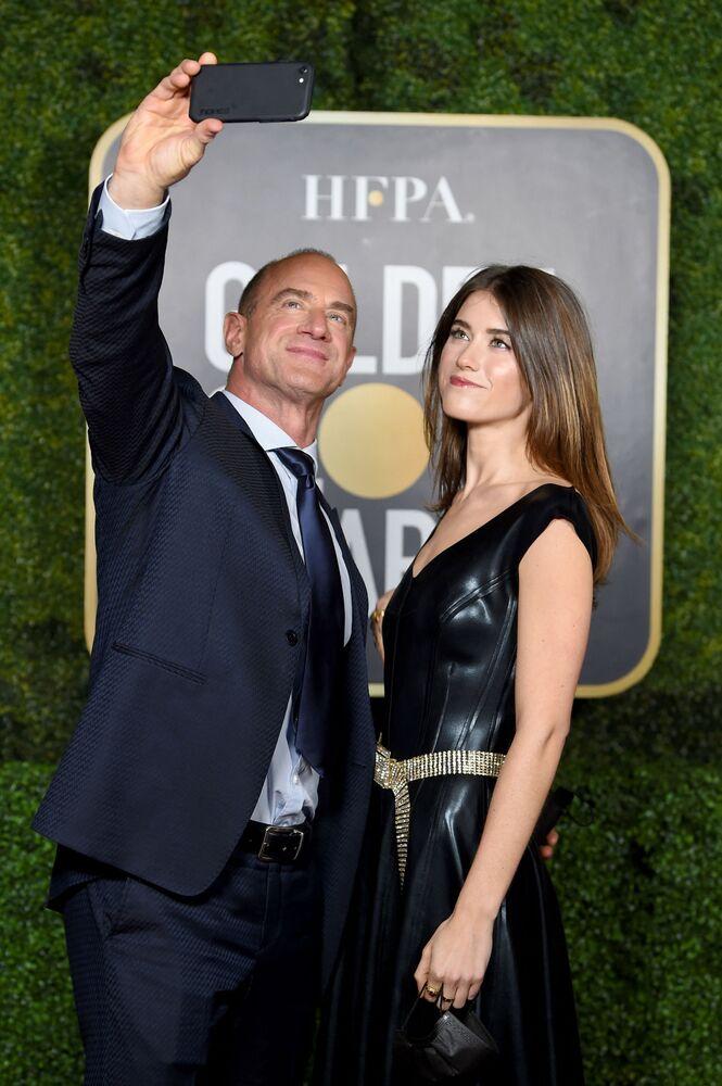 Актер Кристофер Мелони с дочерью на церемонии награждения премии Золотой глобус в США.