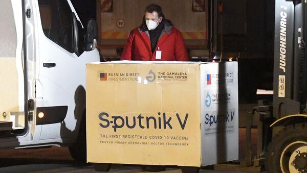 Szczepionka Sputnik V dostarczona na Słowację - Sputnik Polska