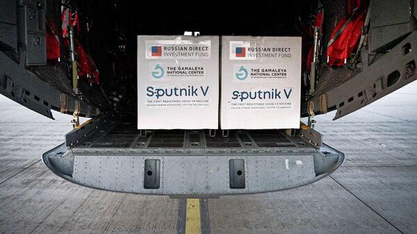 Pierwsza partia rosyjskiej szczepionki Sputnik V przyjechała na Słowację - Sputnik Polska