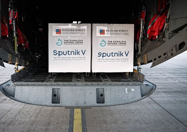 Pierwsza partia rosyjskiej szczepionki Sputnik V przyjechała na Słowację