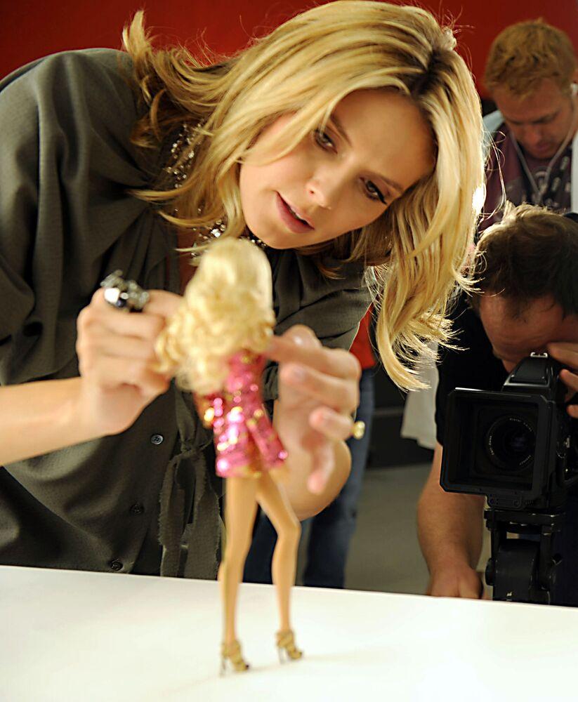Modelka Heidi Klum i jej lalka Barbie