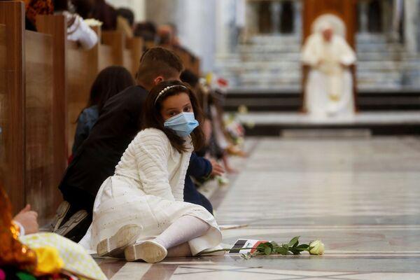 Papież odprawia mszę w mieście Karakosz - Sputnik Polska