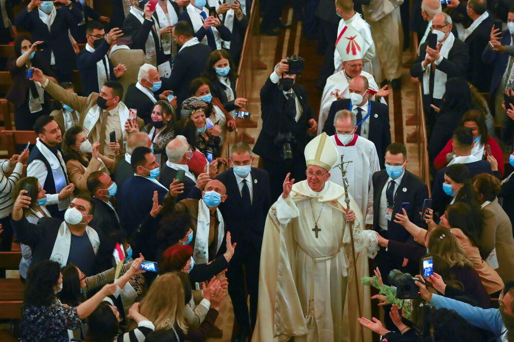 Papież w kościele Józefa z Nazaretu w Bagdadzie