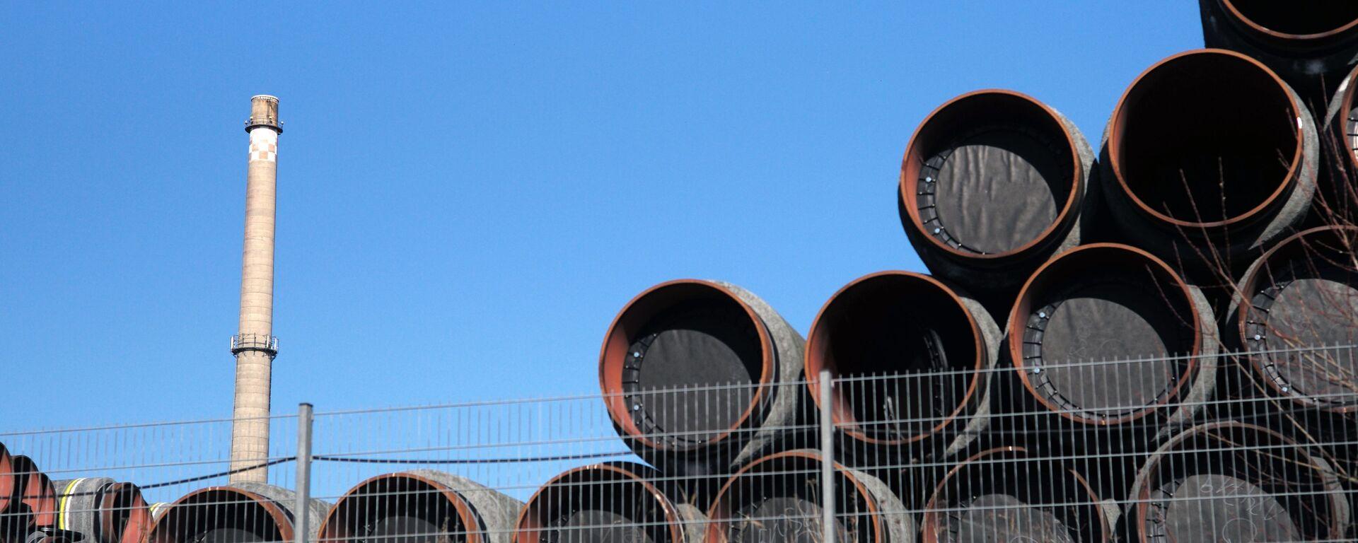 Magazyn rur do budowy gazociągu Nord Stream 2 w porcie Sassnitz w Niemczech - Sputnik Polska, 1920, 09.03.2021