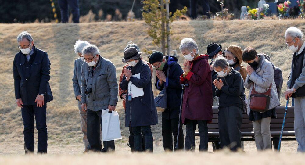 Japończycy uczcili minutą ciszy pamięć ofiar trzęsienia ziemi w 2011 roku.
