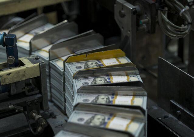 Drukowanie banknotów dolarowych w Teksasie.