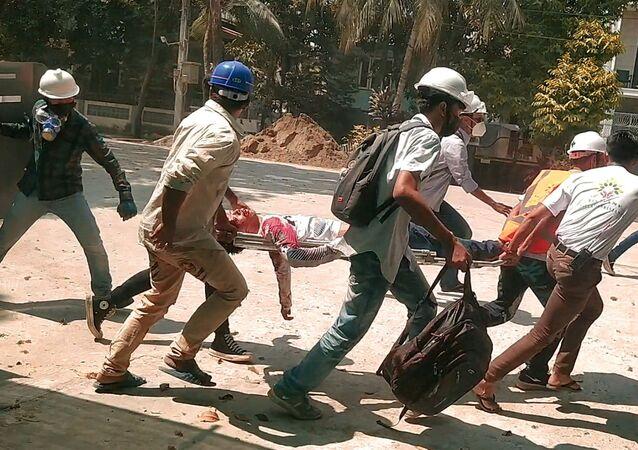 Od początku lutego w wielu miastach Mjanmy codziennie odbywają się masowe protesty przeciwko władzom wojskowym