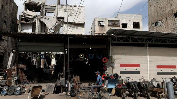 Codzienne życie w Dumie, na przedmieściach Damaszku, Syria - Sputnik Polska