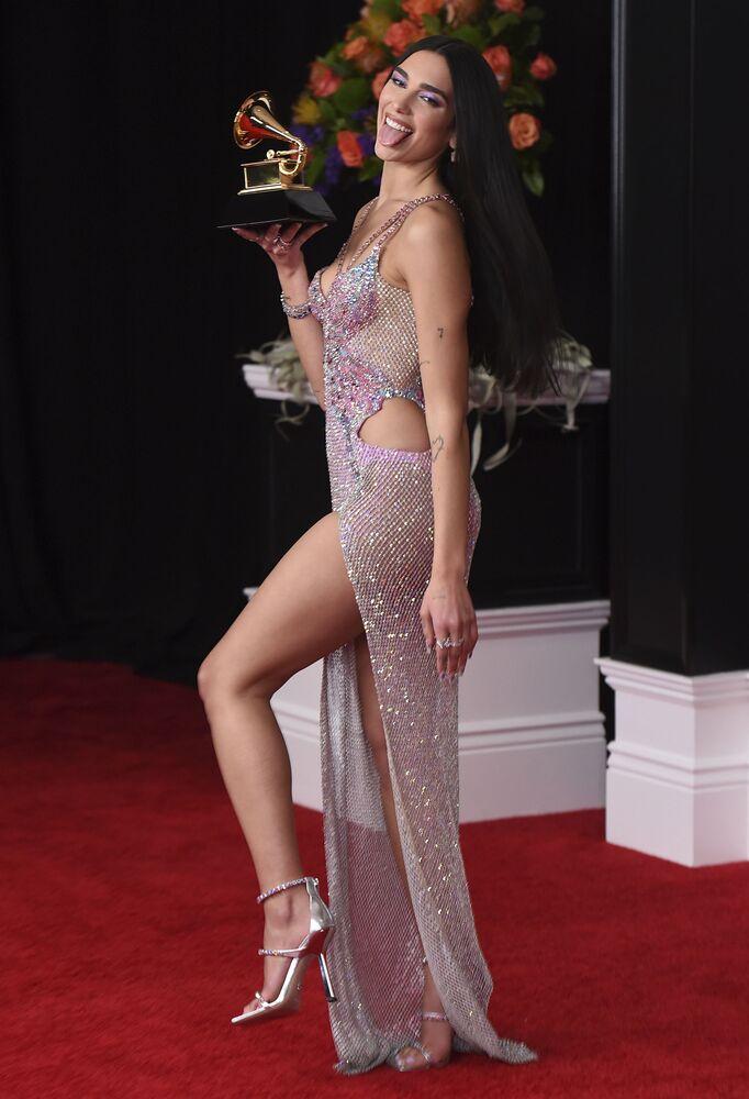 Piosenkarka Dua Lipa na 63. ceremonii rozdania nagród Grammy w Los Angeles