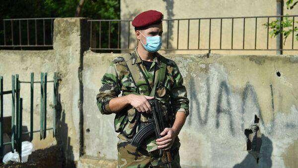 Żołnierz na jednej z ulic Damaszku - Sputnik Polska