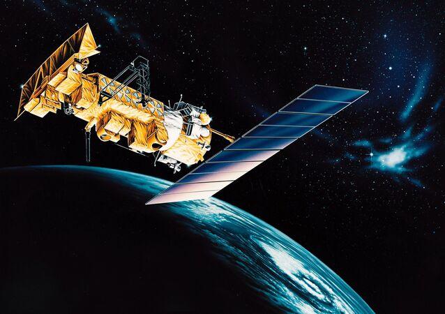 Artystyczne przedstawienie amerykańskiego satelity meteorologicznego NOAA 17.