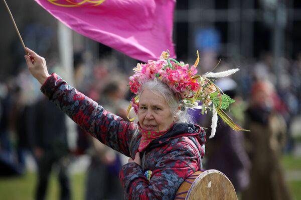 Protest przeciwników ograniczeń wprowadzonych z powodu pandemii koronawirusa w niemieckim Kassel - Sputnik Polska
