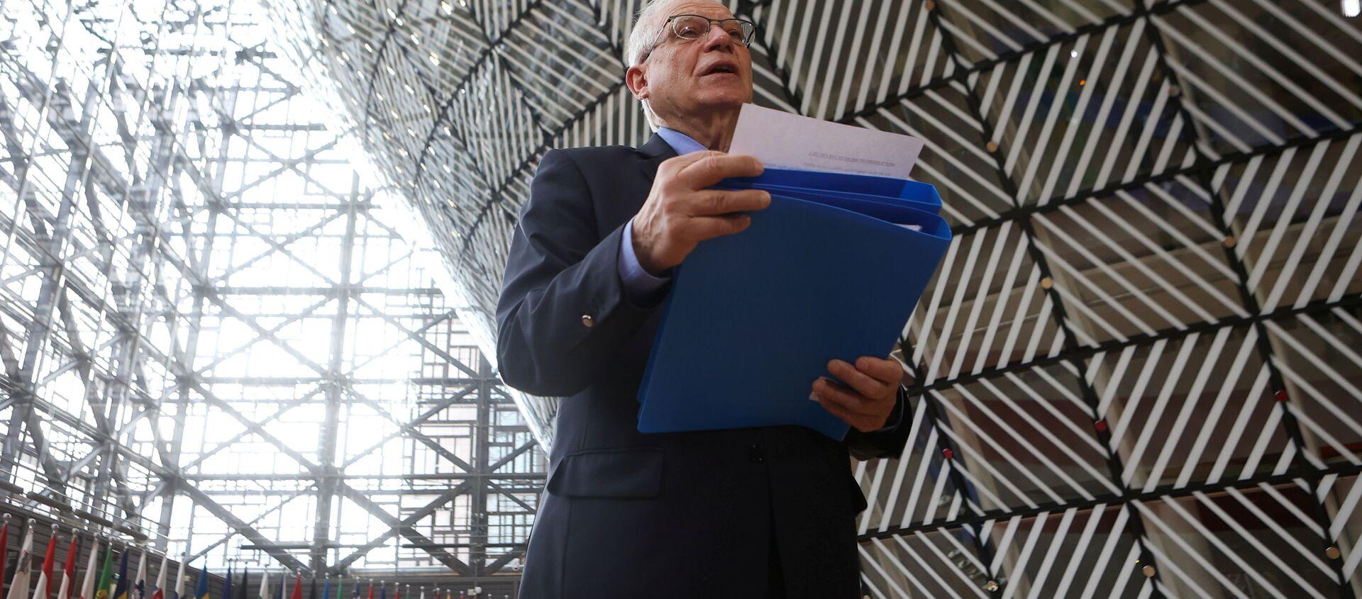 Wysoki przedstawiciel UE ds. polityki zagranicznej i bezpieczeństwa Josep Borrell przed spotkaniem ministrów spraw zagranicznych UE - Sputnik Polska, 1920, 22.04.2021