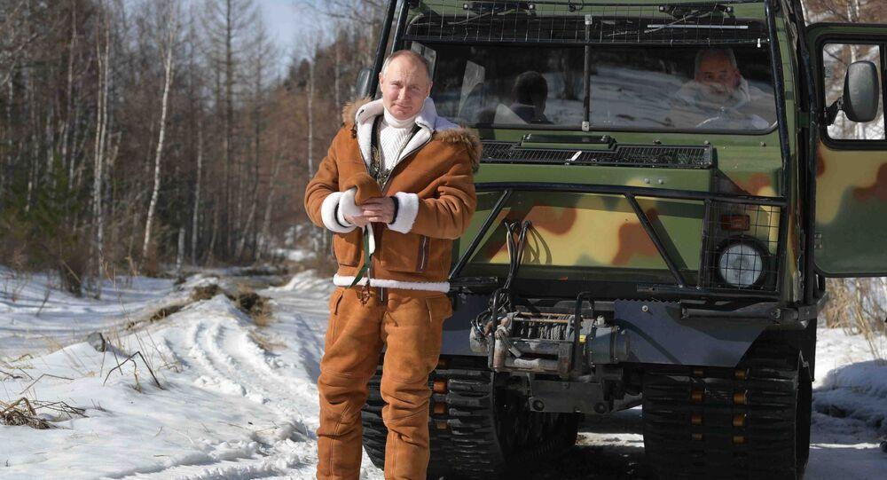 Prezydent Rosji Władimir Putin w syberyjskiej tajdze