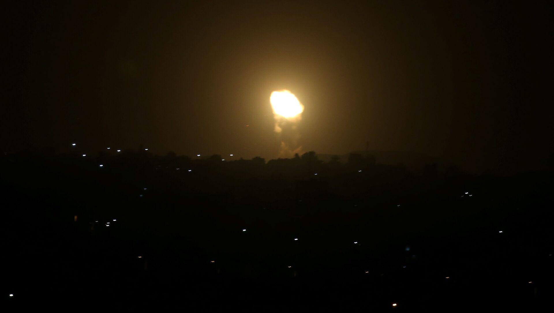 Siły Powietrzne Izraela zaatakowały obiekty wojskowe Hamasu w Gazie - Sputnik Polska, 1920, 24.03.2021