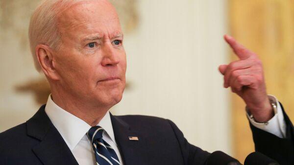 Prezydent USA Joe Biden podczas swojej pierwszej oficjalnej konferencji prasowej w Waszyngtonie w USA - Sputnik Polska