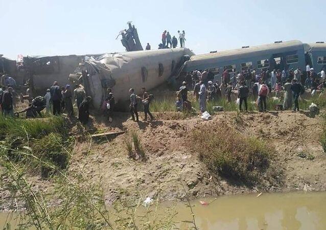 Zderzeniu dwóch pociągów w Egipcie