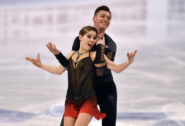 Rosyjscy łyżwiarze figurowi Anastazja Miszyna i Aleksander Gallamow na Mistrzostwach Świata w Łyżwiarstwie Figurowym w Sztokholmie - Sputnik Polska