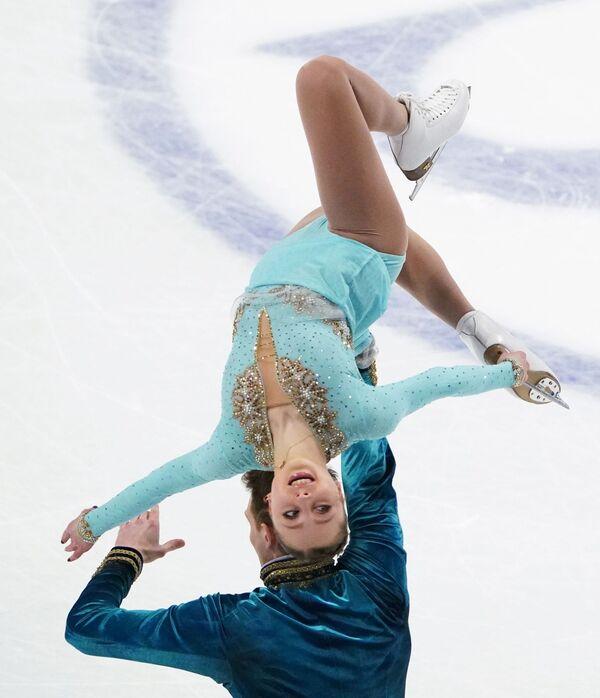 Rosyjscy łyżwiarze figurowi Aleksandra Bojkowa i Dmitrij Kozłowski na Mistrzostwach Świata w Łyżwiarstwie Figurowym w Sztokholmie - Sputnik Polska