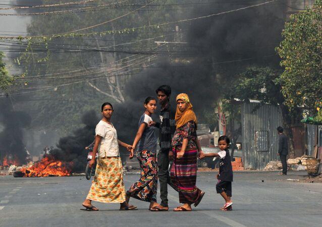 Ponad 50 osób zginęło w starciach między uczestnikami antyrządowych protestów a silami bezpieczeństwa w kilku miastach w Mjanmie.