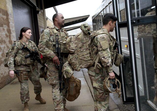 Amerykańscy wojskowi. Zdjęcie archiwalne