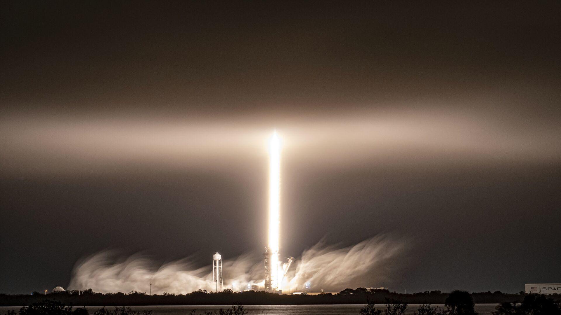Start rakiety Falcon 9 amerykańskiej firmy SpaceX - Sputnik Polska, 1920, 29.08.2021