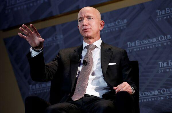 Założyciel Amazona Jeff Bezos - Sputnik Polska