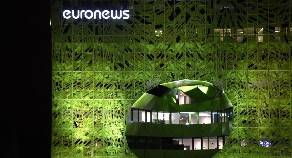 Budynek biura kanału telewizyjnego Euronews w Lyonie, Francja.