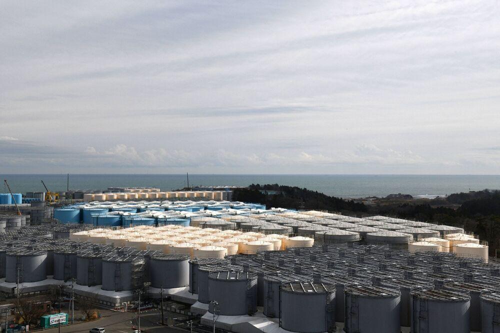 Japonia twierdzi, że wypuszczenie zanieczyszczonej wody jest bezpieczne, ponieważ woda jest uzdatniana w celu usunięcia prawie wszystkich pierwiastków radioaktywnych i zostanie znacznie rozcieńczona