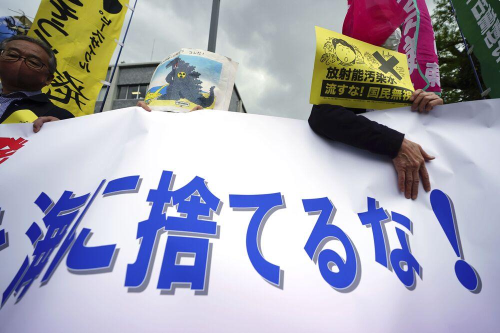 Organizacje ekologiczne, takie jak Greenpeace, również wyraziły swój sprzeciw wobec japońskiego projektu