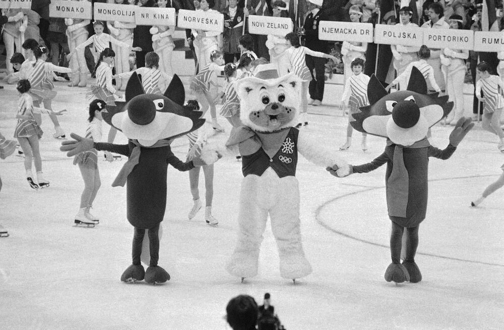 Maskotka Igrzysk Olimpijskich 1984 w Jugosławii wilk Vucko