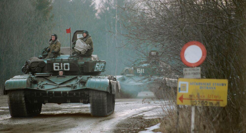 Radzieckie wojska opuszczają Czechosłowację