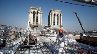 Katedra Notre-Dame dwa lata po pożarze, 15 kwietnia 2021 roku