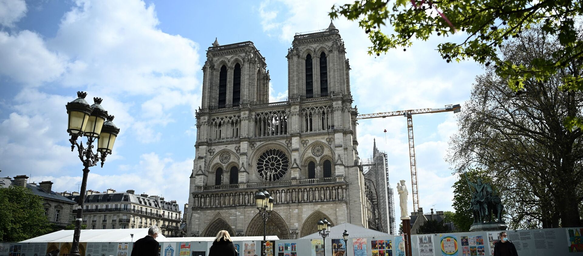 Katedra Notre-Dame prawie dwa lata po pożarze, 14 kwietnia 2021 roku - Sputnik Polska, 1920, 13.05.2021