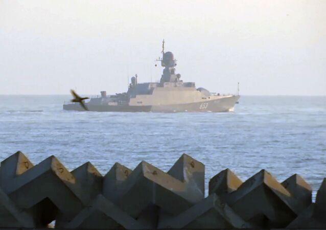 Mały okręt rakietowy Uglicz Flotylli Kaspijskiej.