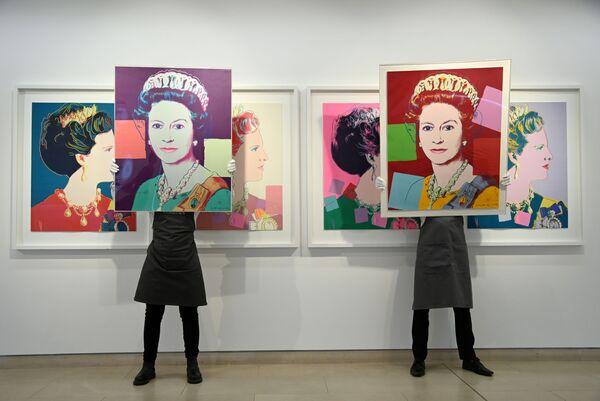 Portrety królowej Wielkiej Brytanii Elżbiety II autorstwa Andy'ego Warhola - Sputnik Polska