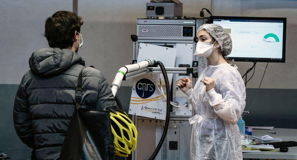 Testy na koronawirusa w Lyonie we Francji