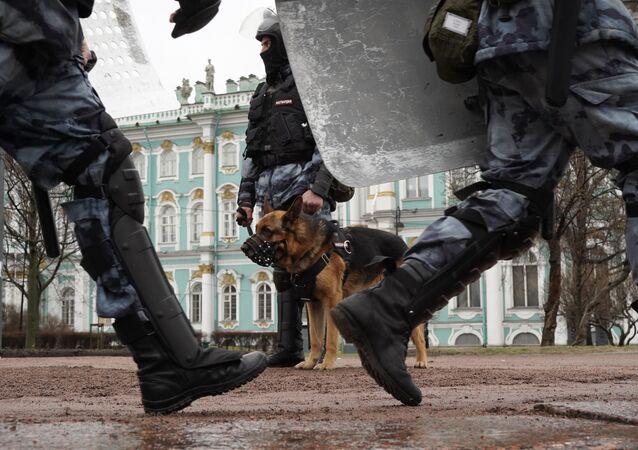 Nielegalna akcja protestacyjna w Petersburgu, 21.04.2021