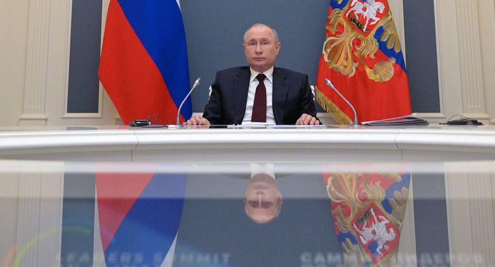Władimir Putin przemawiam na szczycie klimatycznym