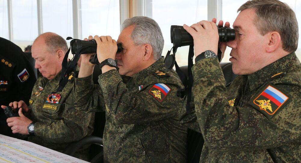 Aleksander Dwornikow, Siergiej Szojgu i Walerij Gierasimow