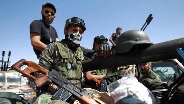Wojskowi Libijskiej Armii Narodowej na linii frontu na zachód od miasta Sirte - Sputnik Polska