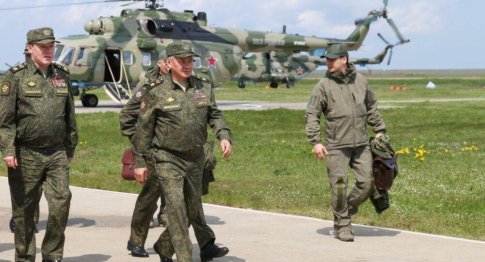 Ćwiczenia wojskowe jednostek Południowego Okręgu Wojskowego i Wojsk Powietrznodesantowych na poligonie Opuk na Krymie.