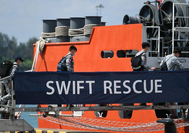 Misja ratunkowa w poszukiwaniu okrętu podwodnego KRI Nanggala-402, Singapur, 21 kwietnia, 2021