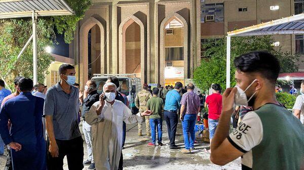 Pożar w szpitalu Ibn Khatib w Iraku.  - Sputnik Polska