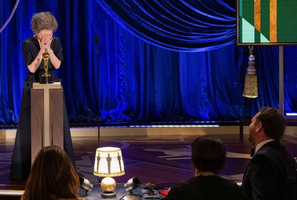 Aktorka Yuh-Jung Youn na 93. ceremonii rozdania Oscarów w Los Angeles  - Sputnik Polska
