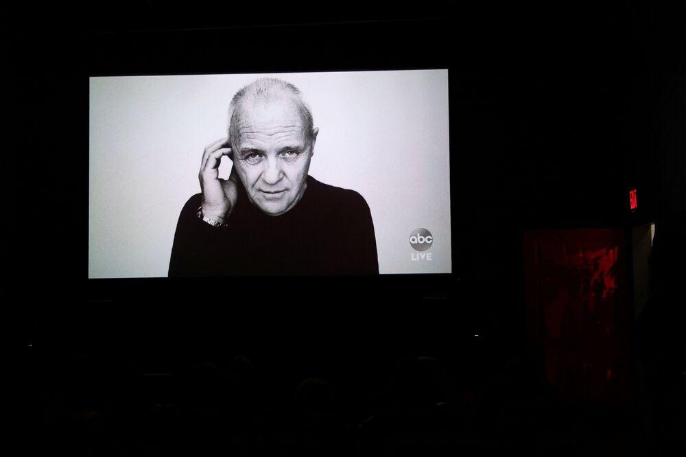Zdjęcie Anthony'ego Hopkinsa, który zdobył nagrodę dla najlepszego aktora, ale osobiście nie wziął udziału w rozdaniu Oscarów