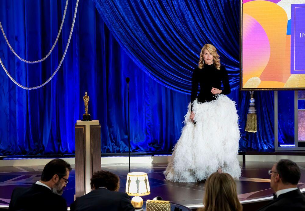 Aktorka Laura Dern na 93. ceremonii rozdania Oscarów w Los Angeles