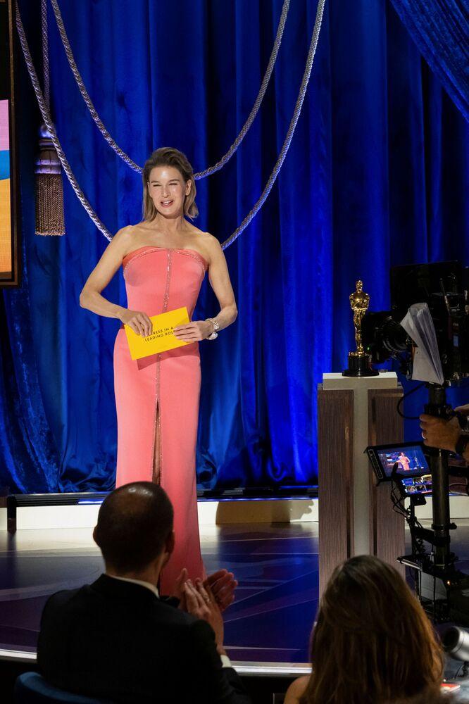 Aktorka Renee Zellweger na 93. ceremonii rozdania Oscarów w Los Angeles