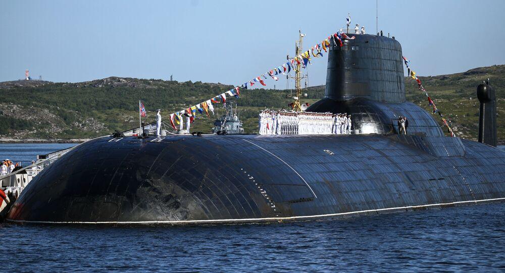 """Atomowy okręt podwodny projektu 941 """"Dmitrij Donskoj."""