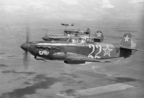 Myśliwce w niebie nad Sewastopolem, 1944 rok - Sputnik Polska